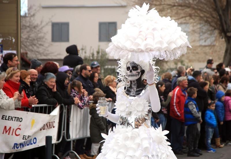 Murter zavrsna karnevalska povorka